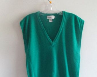80% OFF FALL SALE Mens Vintage Classic Emerald Kelly Green Knit ...