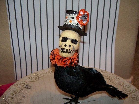 skeleton head crow October things Pinterest Halloween, Scary