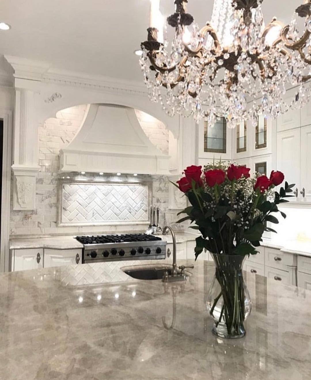   Kitchen crush!✨..by @rai_marble ..✨what do you guys think?????  . . . . . . . . . . #interiordesign #interiordecor #homedecor… #kitchencrushes