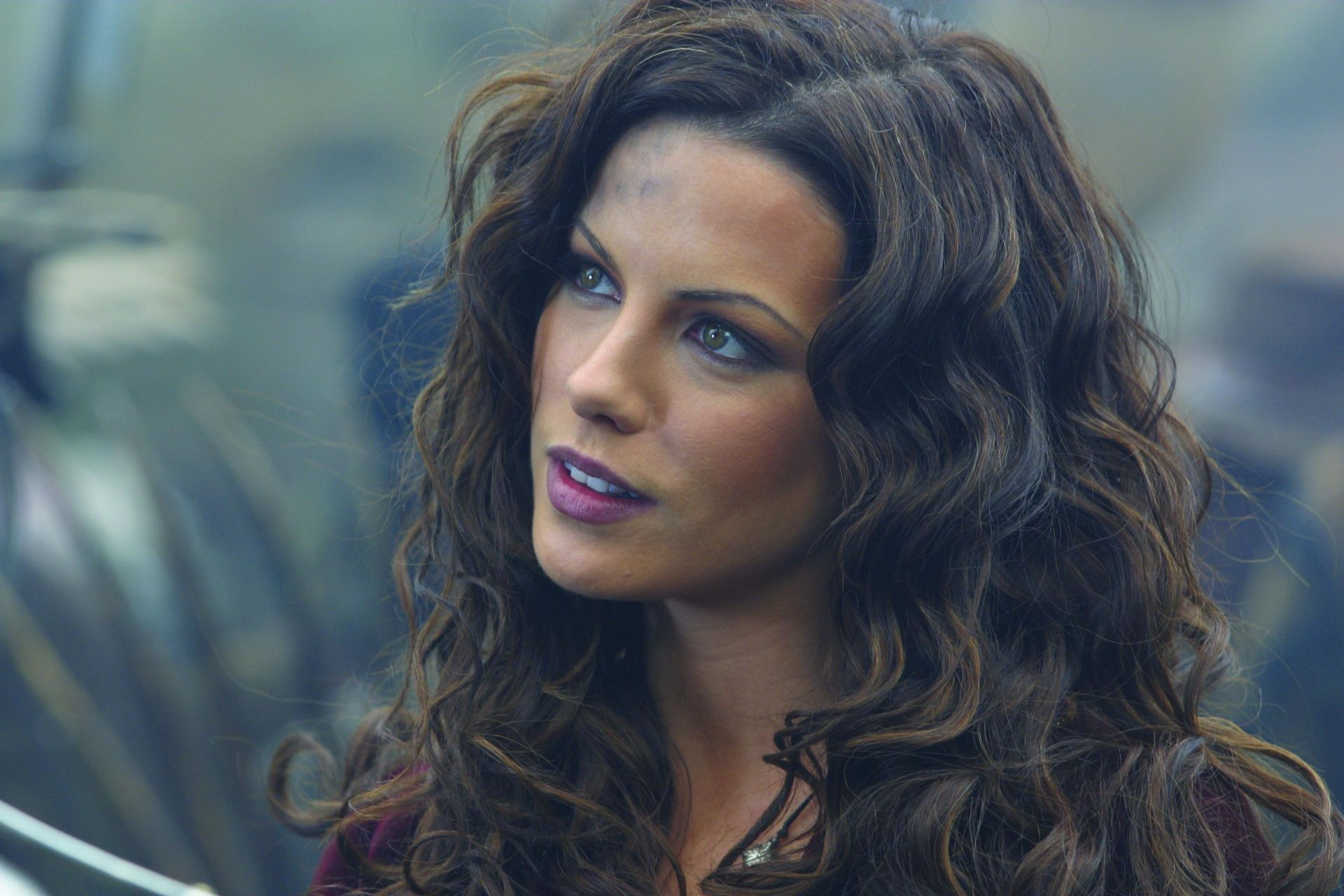 Movie Van Helsing Kate Beckinsale Wallpaper In 2019 Kate