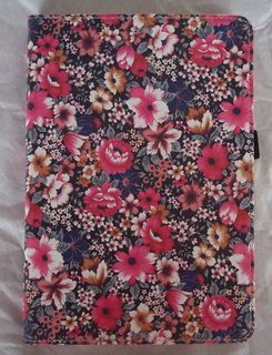Our factory makes many ipad cases, iphone cases, www.ibages.com, send me for wholesales : lybags@gmail.com