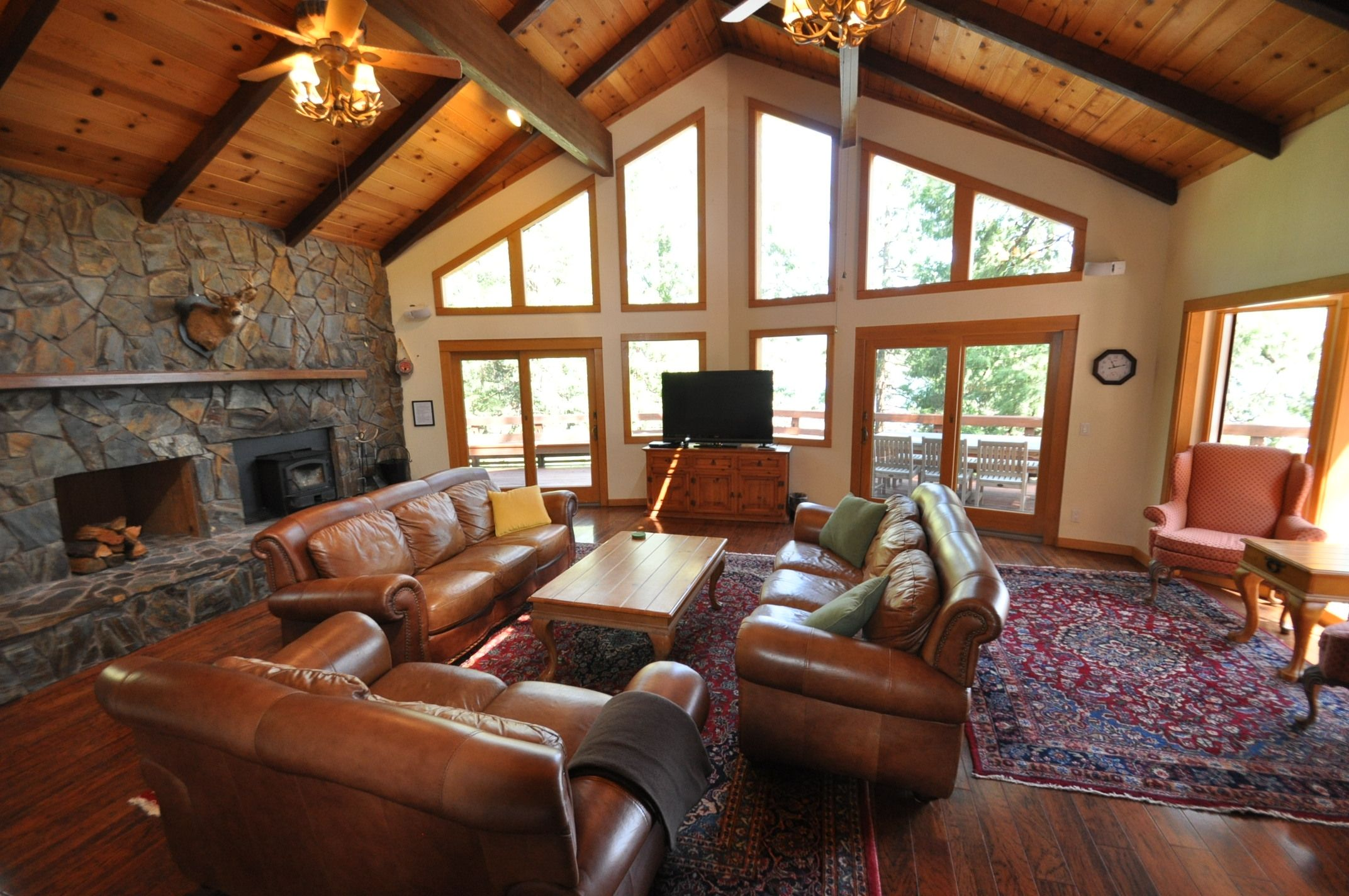 frnt in lodge for island largest quality vacation park yosemite cabins yellowstone springs rentals big rent cabin