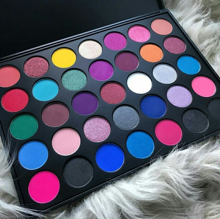 pinterest nandeezy † Beauty makeup, Makeup palette