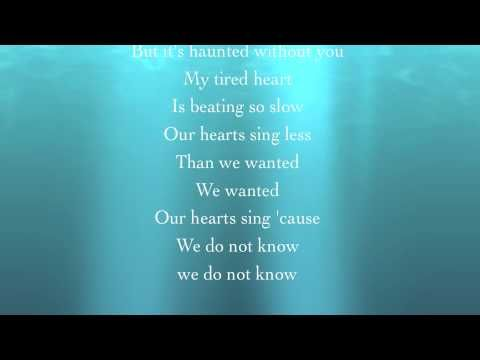 Amanda Seyfried ~Little House~                     So Beautiful <3