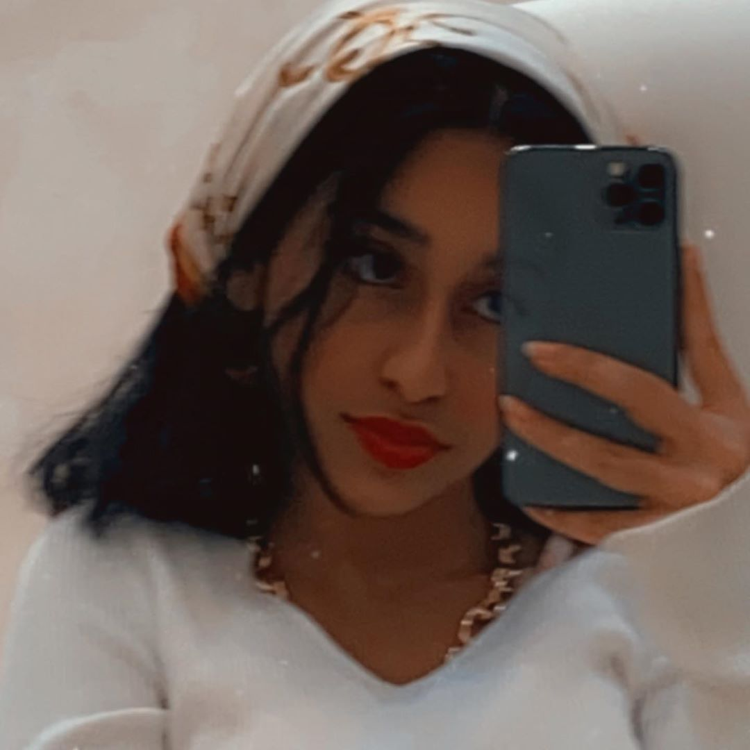𝕱𝖆𝖙𝖎 Wallpaper Iphone Summer Mirror Selfie Bts Wallpaper