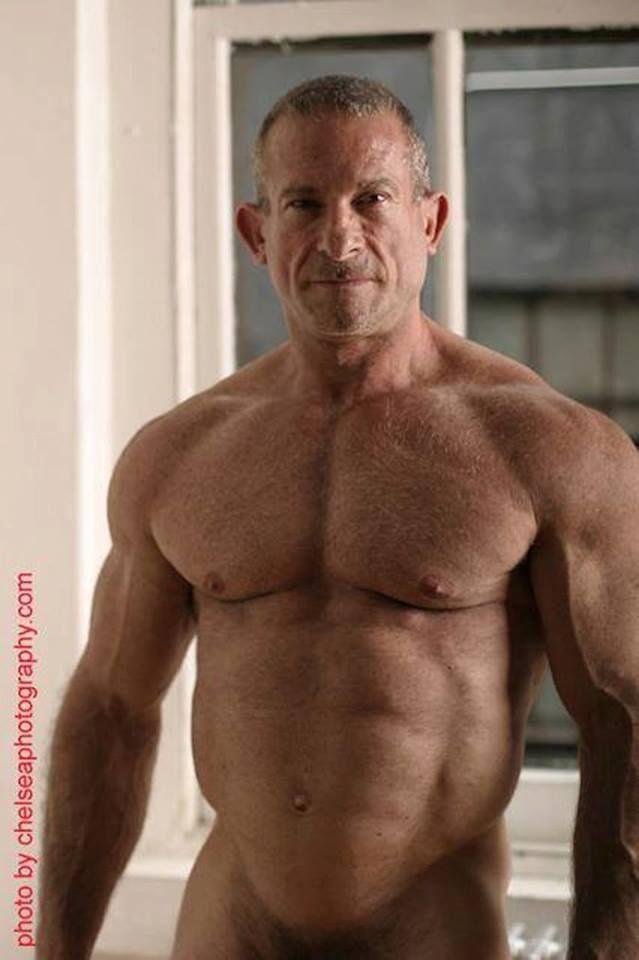 Chubby muscle stud
