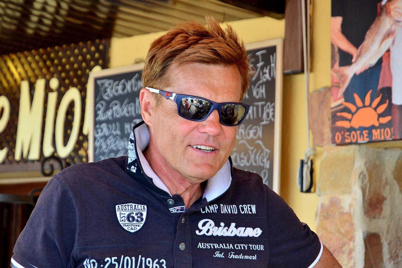 Vermogen Und Verdienst Von Dieter Bohlen Im Jahr 2014 Mirrored Sunglasses Men Mens Sunglasses Square Sunglasses Men