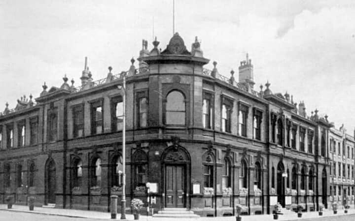 Old Wigan Town Hall Now A Carpark Old Town Old Pictures Old Things