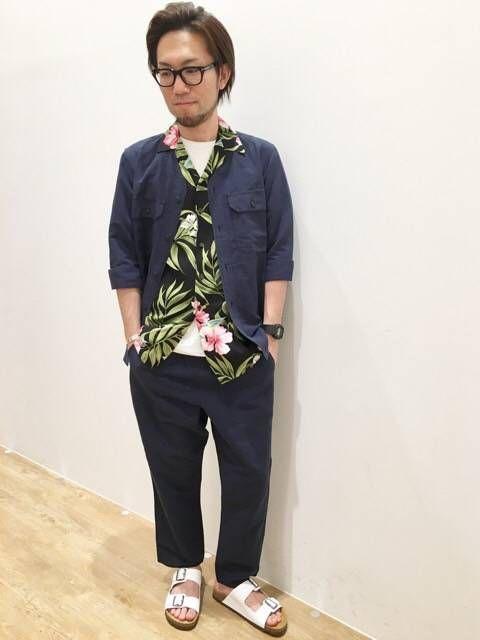 ハワイアンアップデートスタイル トレンドのアロハシャツをタウンに合わせたアップデートしたスタイリングです。 只今店頭ではハワイアンフェアを開催中です! スタッフ170cm/60k