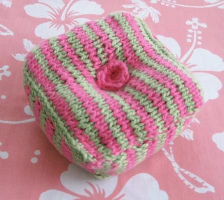 Free Knitted Pincushion Pattern Would Like To Try Crafty
