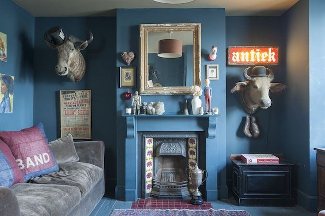 Blue living room victorian fireplace stuffed wildebeast and water blue living room victorian fireplace stuffed wildebeast and water buffalo with top hat and teraionfo