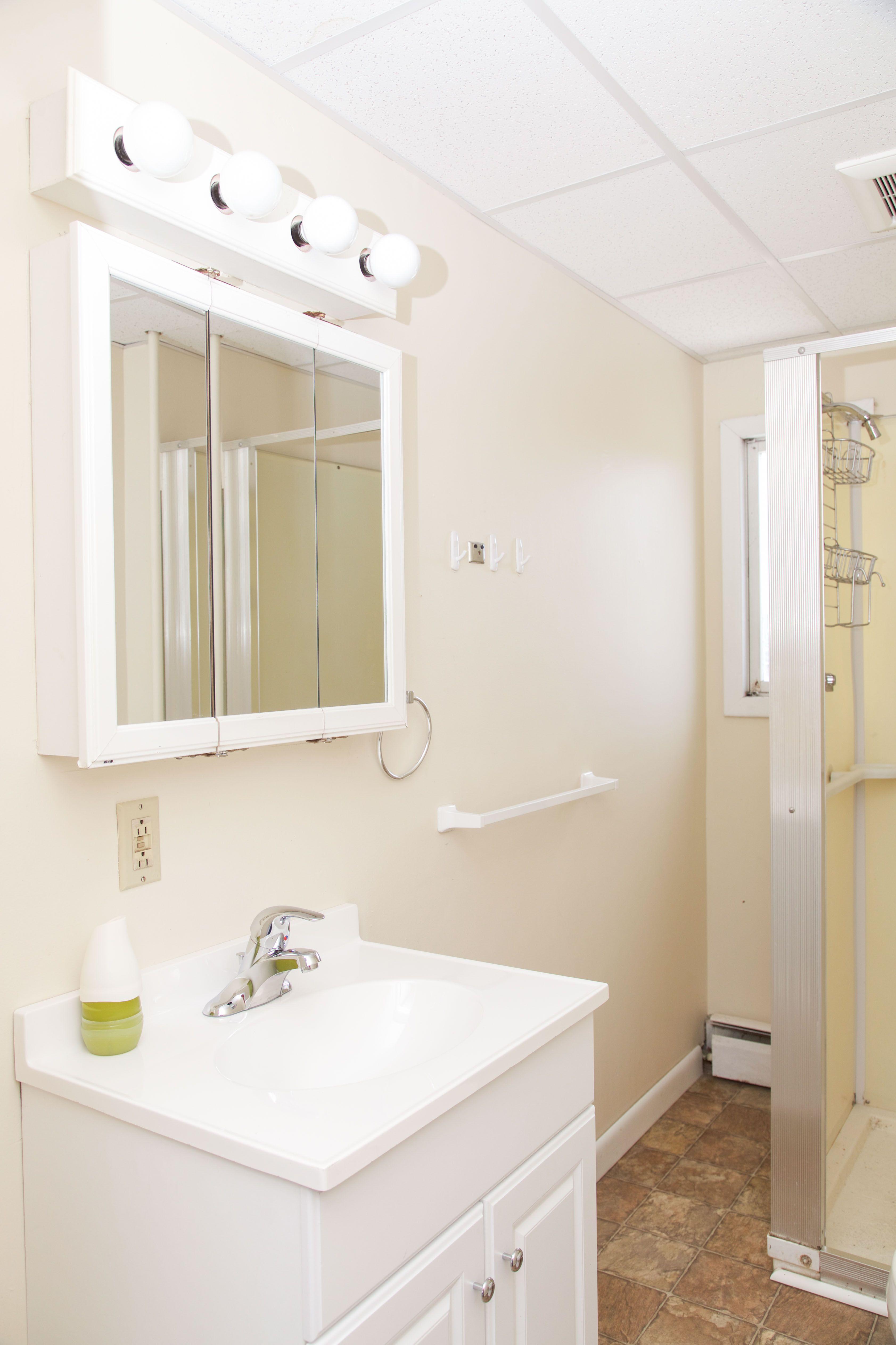 Burlington Victorian Garderobe Mit Waschbecken Burlington Einbaumobel Burlington Victorian Waschbecken Traditionelle Badezimmer Ideen Grossbrit Badezimmer Badezimmer Mobel Und Badezimmer M