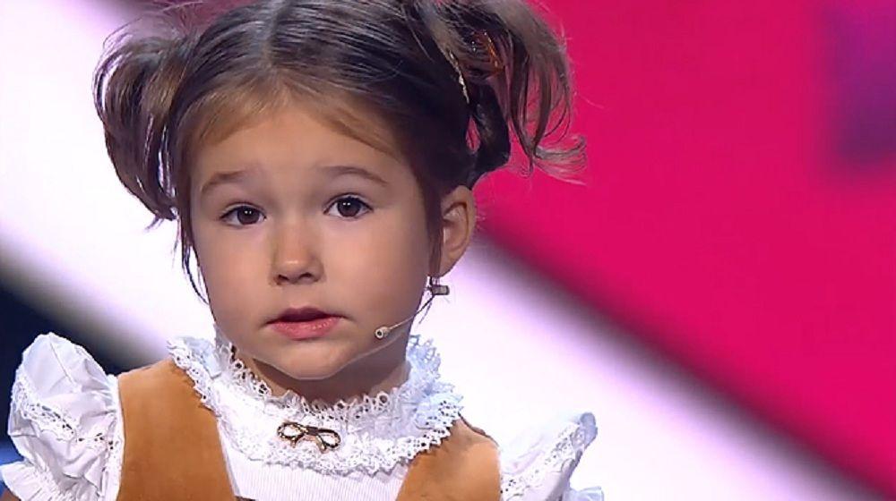 Niña rusa de 4 años demuestra en… http://www.cubanos.guru/nina-rusa-de-4-anos-demuestra-en-programa-de-talentos-que-habla-7-idiomas-video/