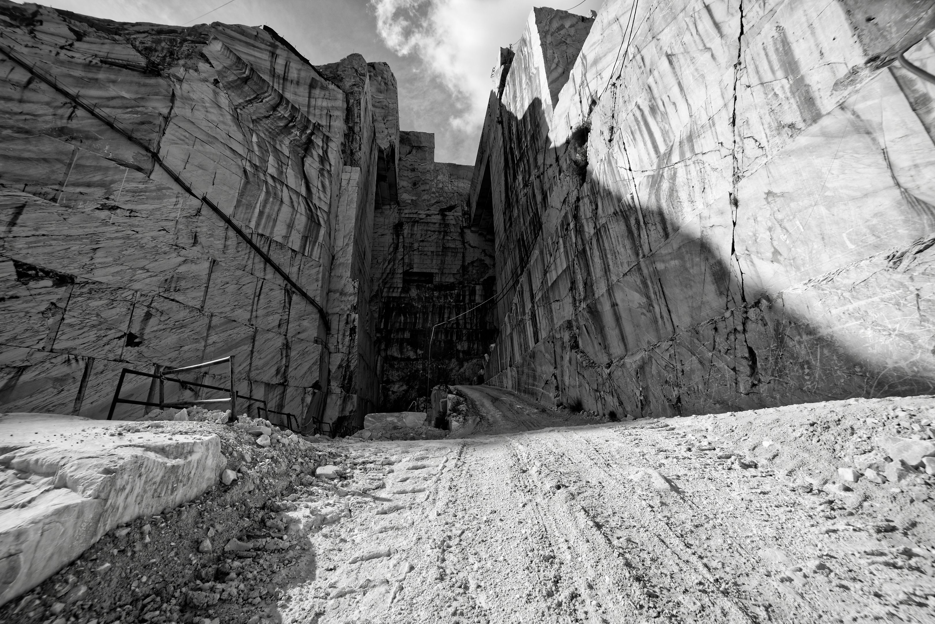 Italy Marble Quarry 4k Clicking On Images Photography Forum Image Digital Photography