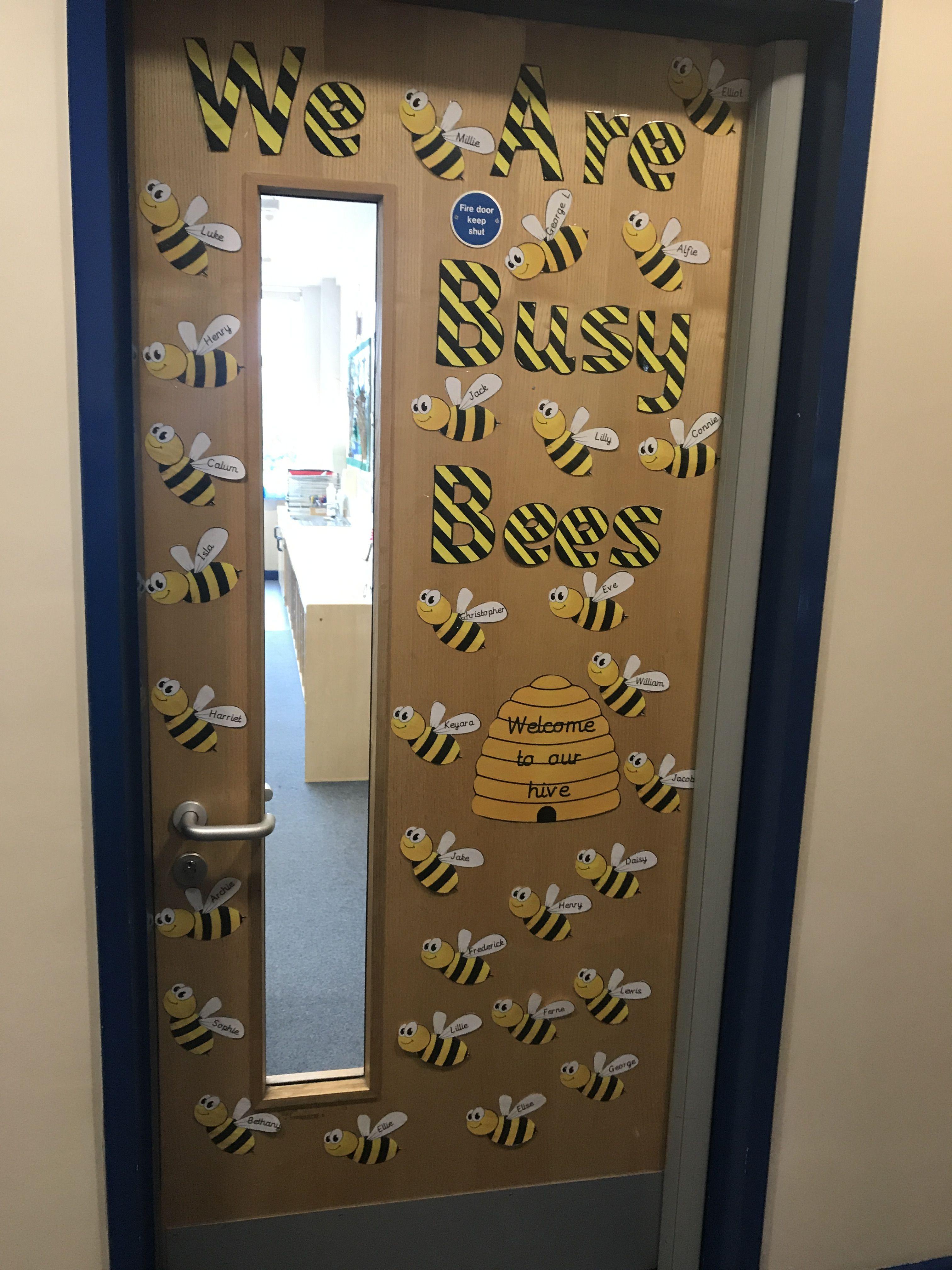 Door Classroom Year 2 Buzz Busy Bees Display Ks1 Door Displays Bee Classroom Modern Exterior Doors
