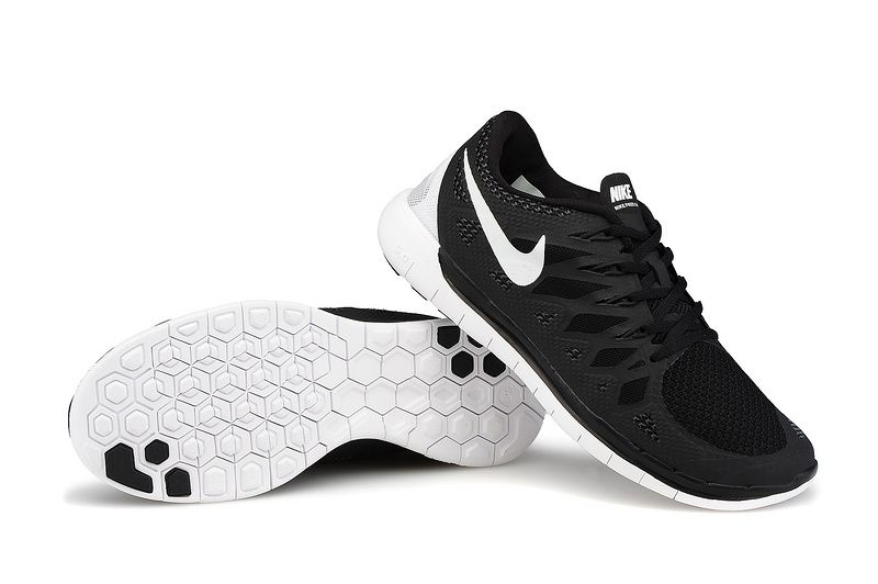 nike free run 5.0 black mens beard