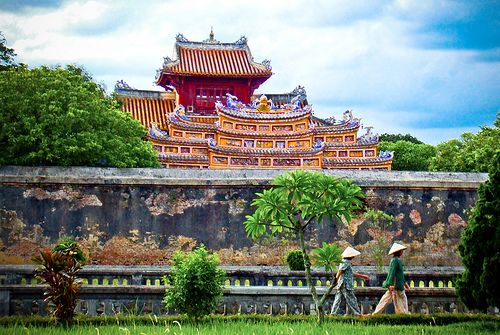Easy 3days In Hue Imperial City Of Vietnam Beautiful Vietnam Vietnam Tourist Best Travel Guides