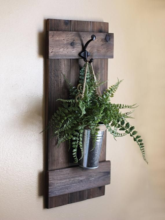 Hanging Wall Planter, Rustic Wall Decor, Indoor Wooden Planter, Rustic Home Decor, Farmhouse Decor, Wall Hangings, Galvanized Wall Decor #diywalldecor