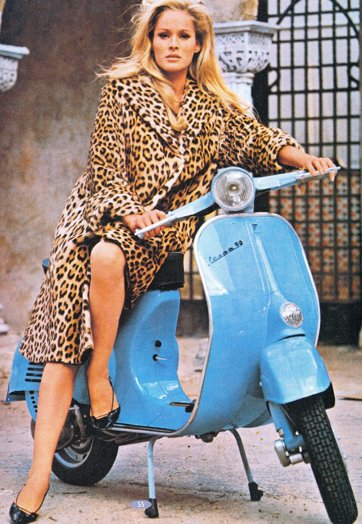 URSULA ANDRESS the original Bond girl & Vespa 1965 calendar bella ...