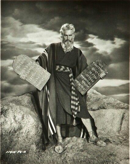 Charlton Heston The Ten Commandments 1956 Old Movie Stars Ten Commandments The 10 Commandments Movie