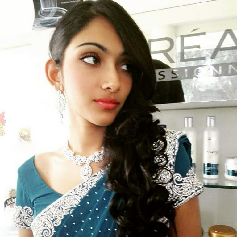 Kerala Wedding Hairstyle: #pretty Bride #reception Makeup #indian Wedding #south