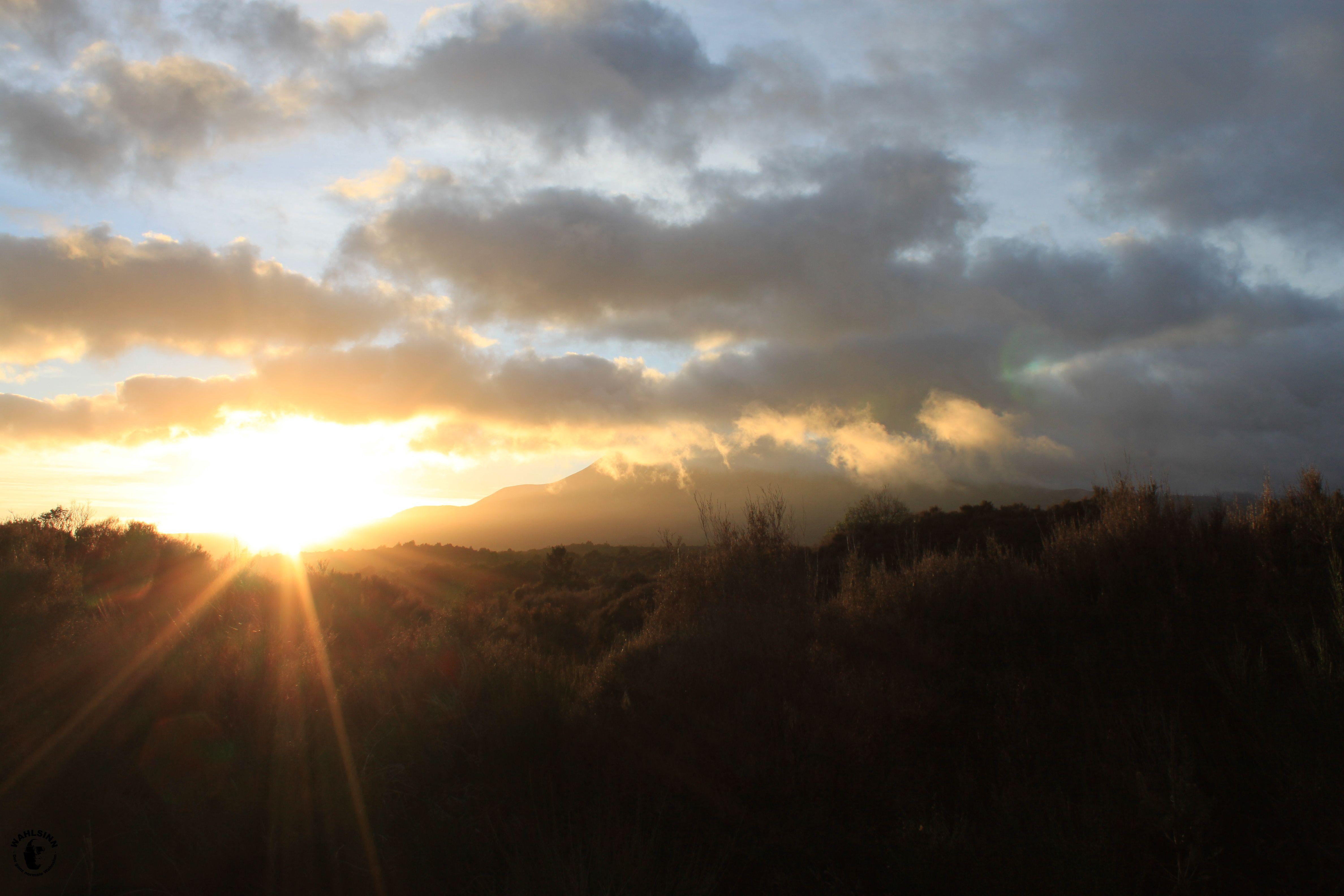 Der Morgen vor der erstürmung des Mount Doom // Der Einsame Berg // Der Schicksalsberg (Neuseeland)