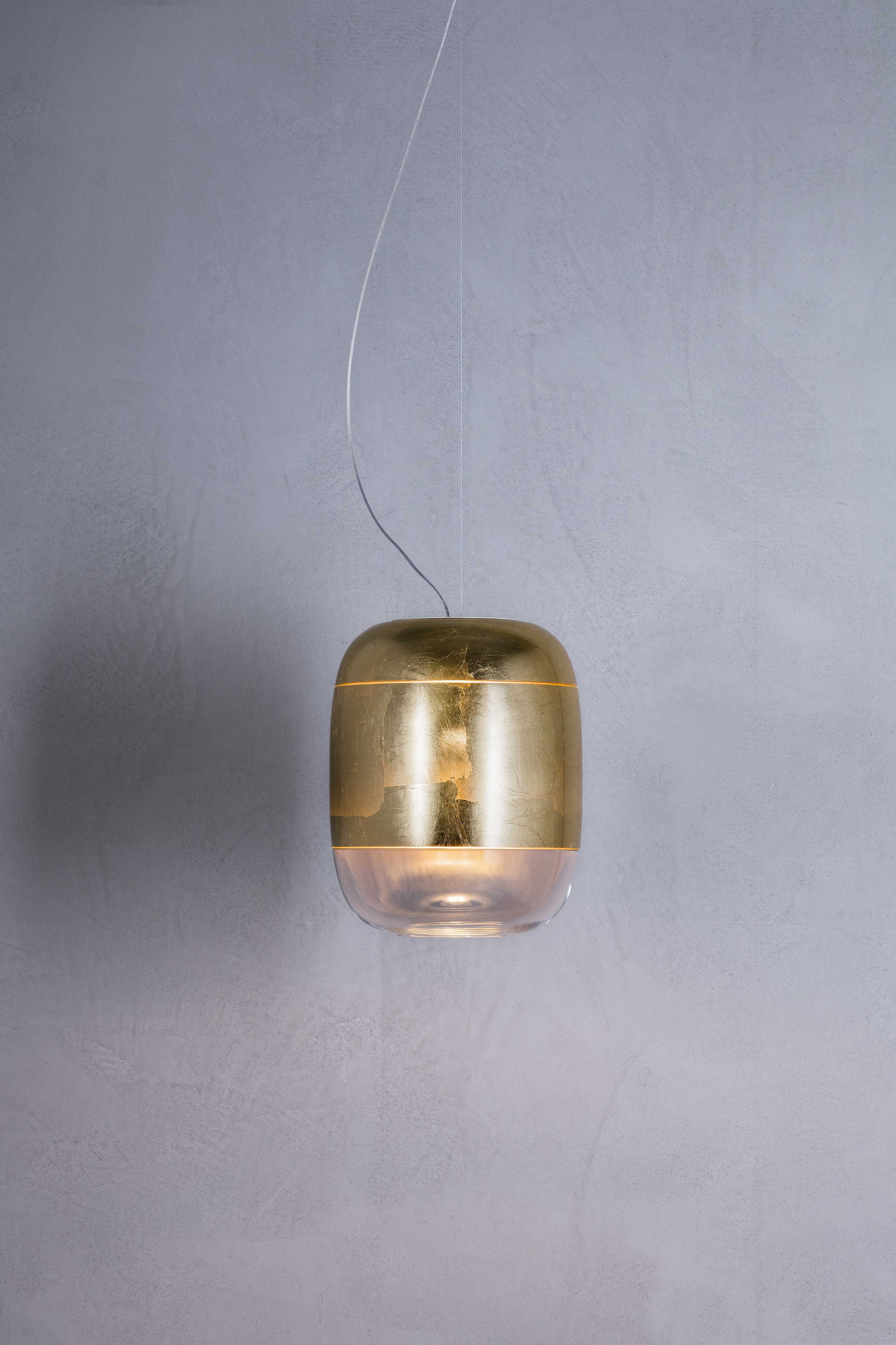 Gong Suspension Fixture Is Made Of A Blown Glass Diffuser Decorated By Hand With Refined Details Like The Gold Leaf Fi Prandina Glass Diffuser Glass Blowing
