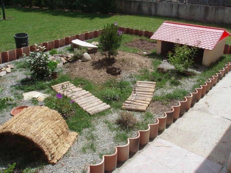 Exemples de parcs pour adultes tortue pinterest for Amenagement jardin pour tortue
