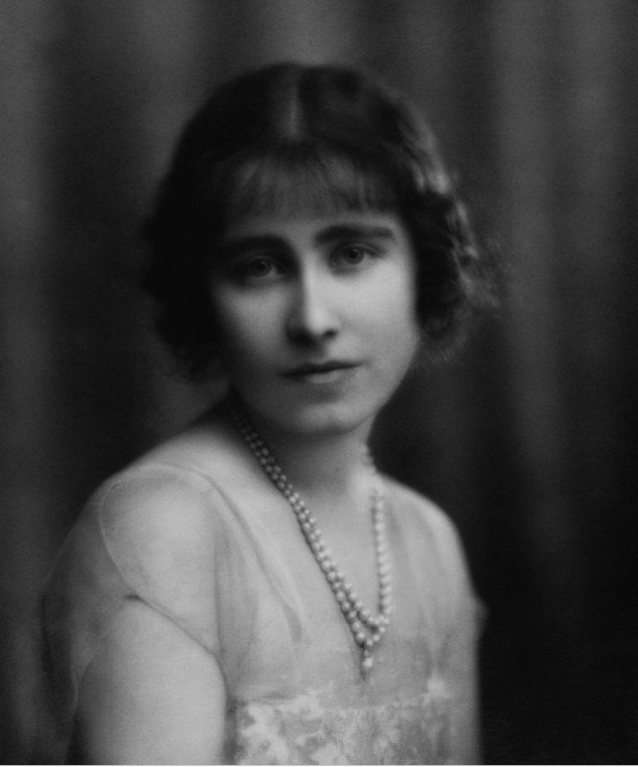 Young Lady Elizabeth Bowes Lyon 1923 Queen Mother Queen Elizabeth Ii Lady Elizabeth