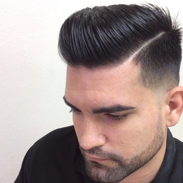 Pin By Zohaib Iqbal On Cabello Mohawk Hairstyles Men Mens Haircuts Short Mohawk Hairstyles