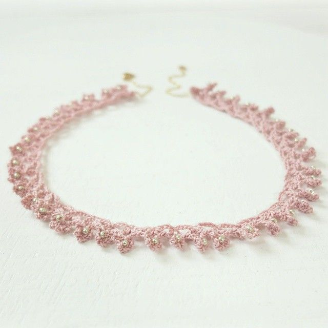 Just realised that I hadn't shared this (finished) necklace here yet. I added beads for a little shine.  Happy day to you!  #crochet #haken #necklace #pink #byhaafner