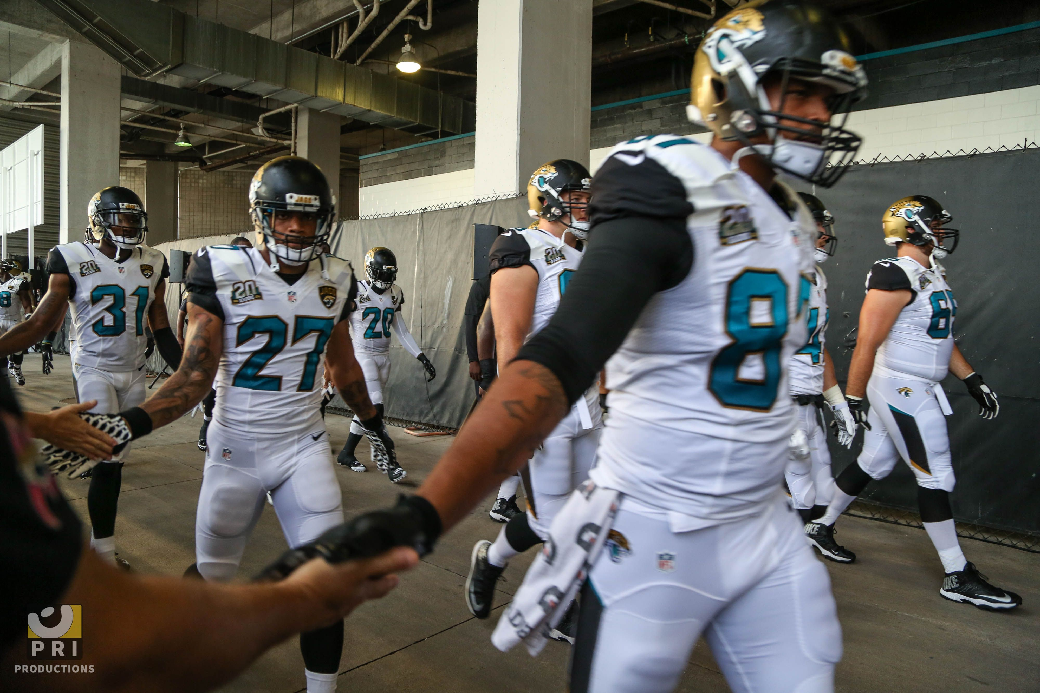The Prowl Jags About To Take On Tampa Bay Jaguars Standunited Nfl Jacksonville Jacksonville Jaguars Tampa Bay