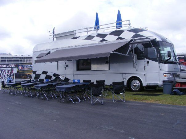 Rv With Rooftop Deck Vendor Pinterest Rooftop Deck
