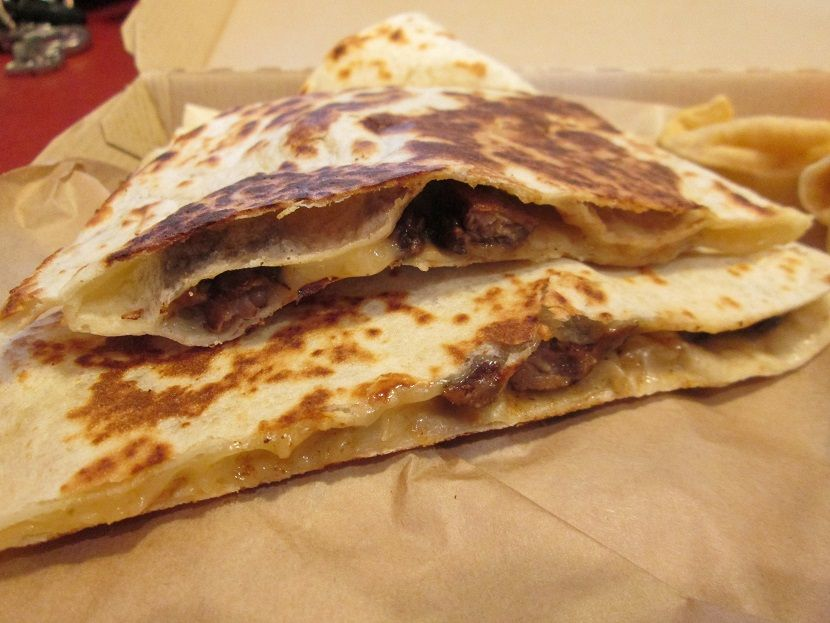 Taco Bell S Cantina Double Steak Quesadilla Much Better Than The Old Taco Bell Quesadillas Food Steak Quesadilla Taco Bell Cantina