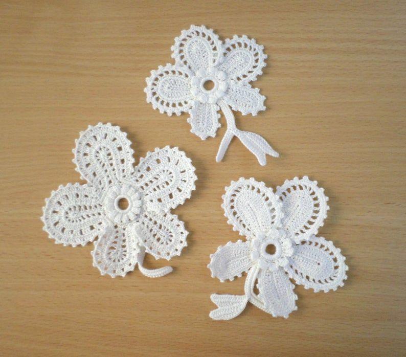 Irish crochet lace flower motifs, off white flower applique Irish crochet decor, wedding decor Set of 3