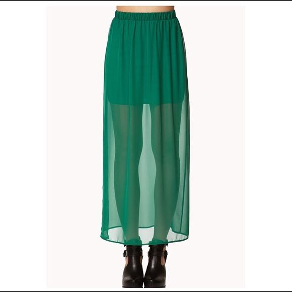 Maxi skirt Long Maxi skirt. Only worn 1 time Forever 21 Skirts Maxi