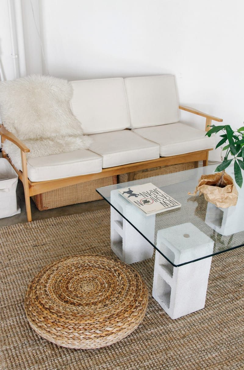 Attach Legs To A Thrifted Suitcase Or Toolbox To Make A Cute Sidetable That Doubles As Storage Cinder Block Furniture Diy Coffee Table Simple Coffee Table [ 1213 x 800 Pixel ]