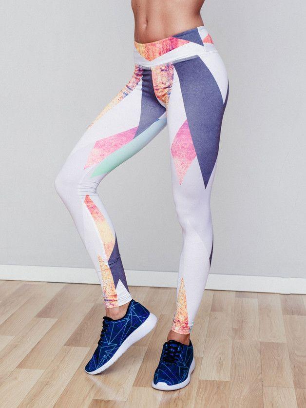3 Stripes Tight Leggings mit Logo Stickerei