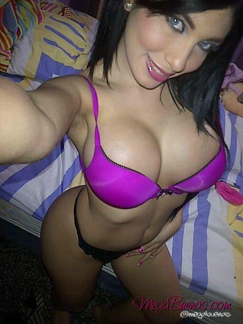 Twitter sexy selfie