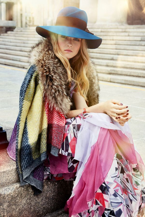Photo session: GOODBYE SUMMER - Magazine: ELLE - Styling: Alicja Kowalska - make-up: Gonia Wielocha - hair: Adam Szaro - model: Maja Salamon - Photos by Robert Ceranowicz   SHOOTME