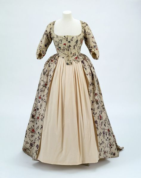 1780, India (fabric) the Netherlands (tailored) - Dress - Cotton, resist- and mordant-dyed, block-printed, painted and lined