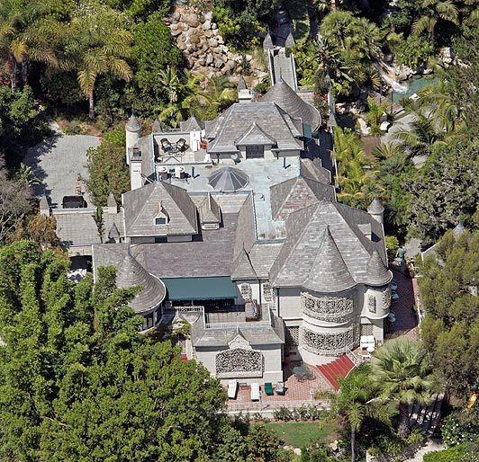 Johnny depp 39 s house in france - Johnny depp france house ...