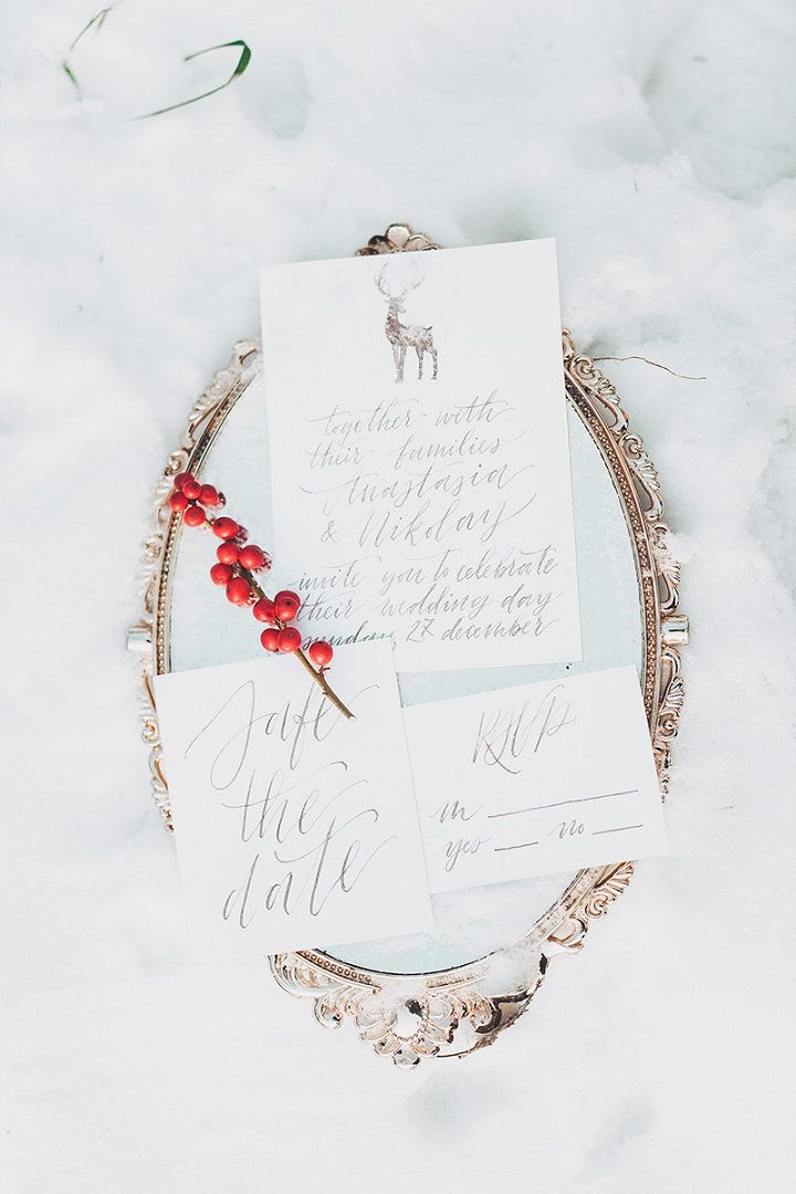 Christmas winter wedding invitations | fabmood.com #wedding #winterwedding #christmas #christmaswedding #wedidnginvitations