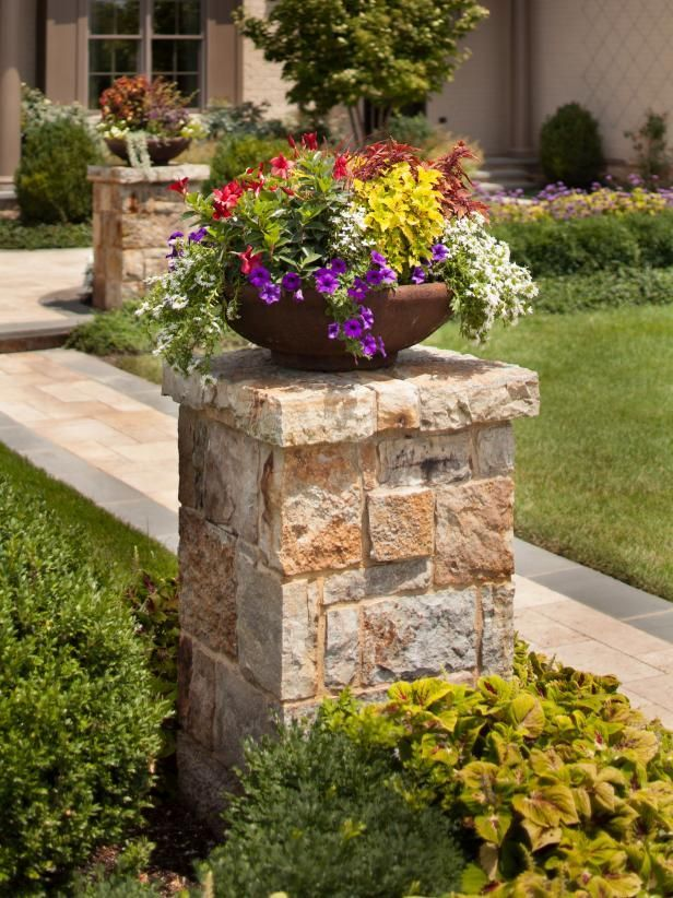 Rock Wall Leads to Manicured Lawn is part of lawn Design Plants - HGTV loves this Massachusetts estate's rock garden wall, perfectly manicured lawn and beautiful landscaping