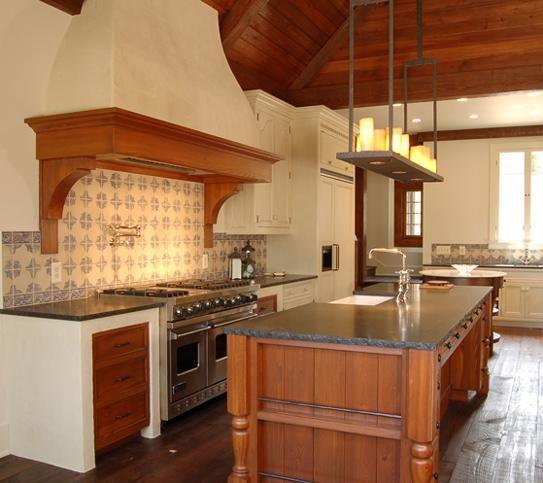 Plastered spanish style range hood mediteranean style for Spanish style kitchen design