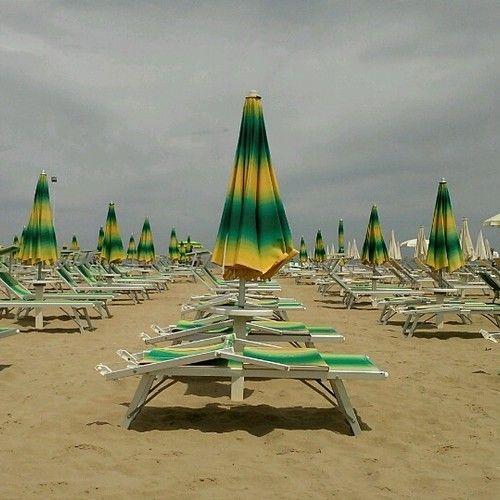 Sound of rimini beach at bagno 44 the sound of italy by travelsofadam rimini pinterest - Bagno 44 rimini ...