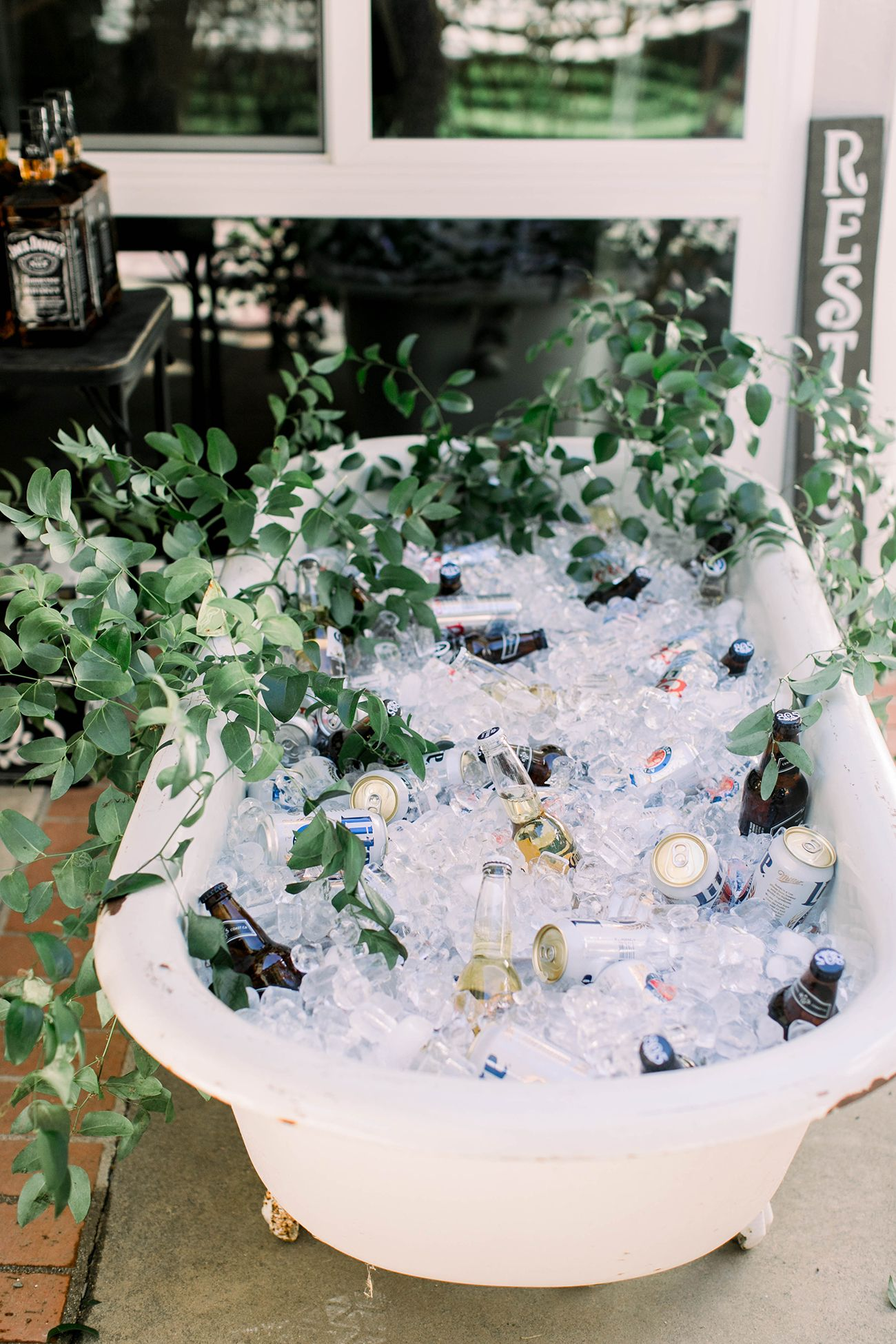 Have a Drink: Brilliant Ideas to Serve Drinks at a Wedding or Party | Green Wedding Shoes