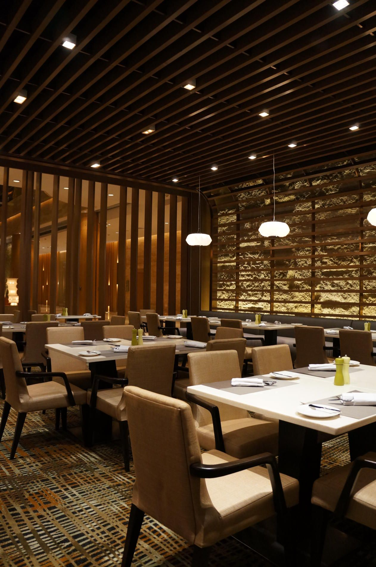 Ultra-contemporary Hotel In Zhongshan China Dwp