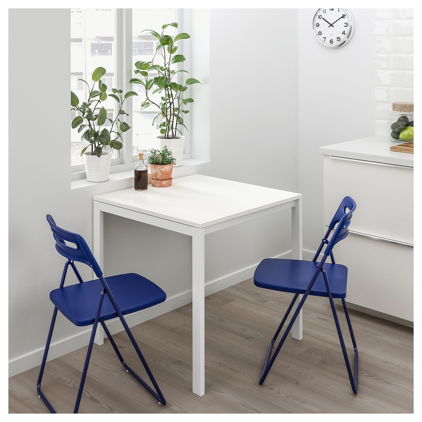 Ikea Sedie Pieghevoli Nisse.Melltorp Nisse Tavolo E 2 Sedie Pieghevoli Bianco Blu Lilla