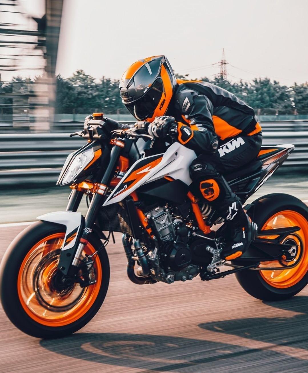 KTM Duke 890R in 2020 Ktm duke, Ktm, Duke motorcycle